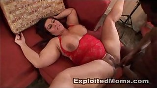 BBW Mom craves Black Cock in Amateur Mature Video