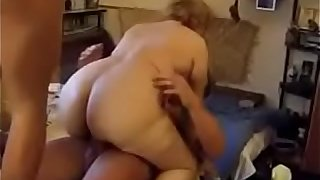Granny in hot dp anal action